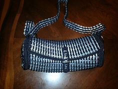 Pop tab purse made by Marie Munoz pattern by Erika creatividades 100