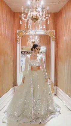 Indian Wedding Dresses, Indian Bridesmaid Dresses, Party Wear Indian Dresses, Designer Party Wear Dresses, Indian Gowns Dresses, Indian Bridal Outfits, Indian Bridal Fashion, Pakistani Bridal Dresses, Dress Indian Style