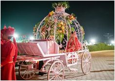 Vaijayanti Varma Photography, brides entry in a carriage