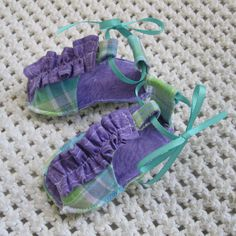 Ruffle Strap Sandals Baby Booties PDF by PeekabooPatternShop, $3.99