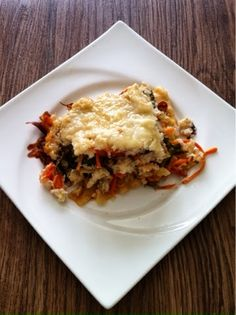 Chaos and the Kitchen: Meatless Monday: Cauliflower Alfredo Veggie Lasagna
