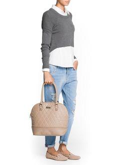 Mango. Bag&boyfriend jeans style