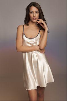 Silk Camison Esencial Silk Nightgown, Silk Chemise, Satin Sleepwear, Nightwear, Satin Lingerie, Satin Dresses, Silk Satin, Night Gown, Corset