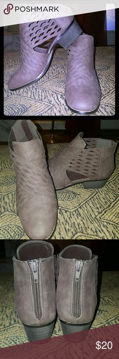 Super cute spring ankle booties Rue 21  Size 8-9 Worn once  Brownish grey Perfect condition  Back zip enclosure  Low heel  Very comfortable Rue 21 Shoes