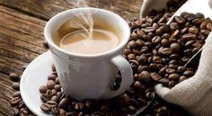 Café aumenta a pressão arterial? Pessoas que sofrem de pressão alta podem ter a pressão arterial mais elevada após consumir bebidas e alimentos com cafeína.