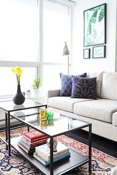 coffee table with room for books Interior Designer: Joanna Kado Living Room Lounge, Home Living Room, Apartment Living, Living Spaces, Apartment Design, Living Room Inspiration, Interior Design Inspiration, Ideas Terraza, Ikea Vittsjo