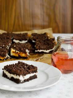 Pradobroty:+Strouhaná+buchta Sweet Recipes, Cake Recipes, Dessert Recipes, Desserts, Healthy Cooking, Cooking Recipes, Tray Bakes, Baked Goods, Sweet Tooth