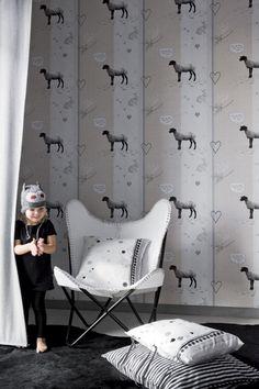Os bichinhos em tons de bege, branco e cinza são da Coleção Bambi da Onzself