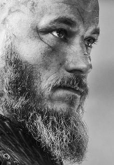 Ragnar (Travis Fimmel) in #Vikings