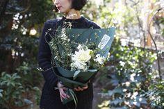 bouquet : seasonal【M】 - THE LITTLE SHOP OF FLOWERS