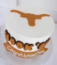 I so want this cake for my birthday!!!