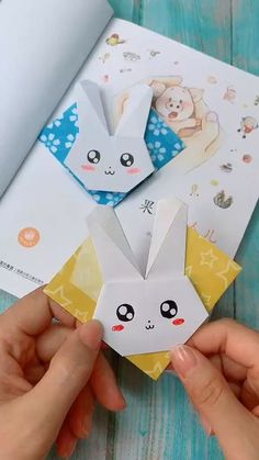 DIY Origami Rabbit Bookmark Tutorial Step By Step [Video] in 2020 | Paper crafts, Origami crafts diy Diy Crafts Hacks, Diy Crafts For Gifts, Diy Crafts Videos, Creative Crafts, Home Crafts, Diy Projects, Creative Bookmarks, Handmade Bookmarks, Corner Bookmarks