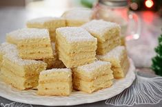 prajitura-alba-ca-zapada-cu-foi-cu-amoniac-4 Krispie Treats, Rice Krispies, Cornbread, Vanilla Cake, Deserts, Ethnic Recipes, Food, Millet Bread, Essen