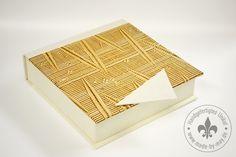 Serviettenschachtel mit beigem Kleisterpapier von Made-by-May Unikate auf DaWanda.com