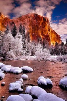 Yosemite National Park, Califonia in winter, photo by Peter Lik.
