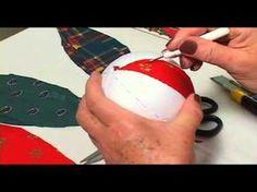 Hogyan készítsünk karácsonyfa gömböket patchwork technikával? - YouTube