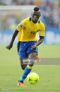 MOULOUNGUI of Gabon during the 2012 African Cup of Nations QuarterFinal match between Gabon and Mali at the Stade l'Amitie in Libreville Gabon Photo...