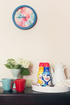 DIY Painted Clock and Tray | An #InspiredStart with David Bromstad's Coffee-Mate Designs #sponsor