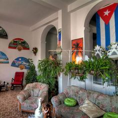 Havana Rent House, Book Apartments and Houses in Cuba, Old Havana Private Rooms, Habana Vieja Renta Casas Particulares, Varadero Trip, Trinidad, Cuba Vacations, Cuba Holidays, Rents in Cuba, Book cheap Casa Particular, Rent Rooms Havana Cuba, Houses Rentals, Cheap Rooms, Accommodations Cuba.