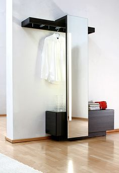 sudbrock nexus. Wardrobe and living furniture system / Möbelsystem für Wohnen und Garderobe. nexus product design. 2008