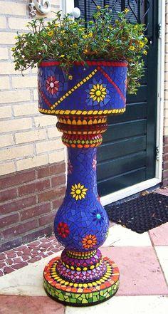 Flowerpot of concrete. Summer colors