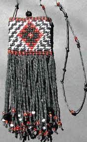 taniko patterns and meanings Flax Weaving, Weaving Art, Basket Weaving, Maori Designs, Weaving Designs, Maori Art, Handmade Bags, Dream Catcher, Arts And Crafts