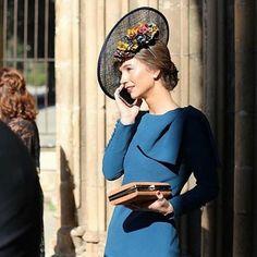 Muchas veces los vestidos más sencillos son los más elegantes 💙   invitadaperfecta  deboda   67554877ec0