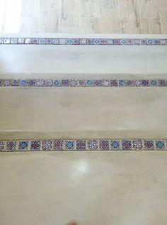 Beautiful tile inlay with Cemcrete's Colour Hardener Stone