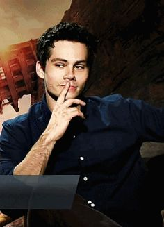 Dylan O´Brien gif | This was what I was missing in my life. Holy sh*t. This wink is life