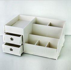 Jewerly organizer wood diy drawers ideas for 2019 Diy Jewelry Storage Box, Ikea Makeup Storage, Desk Storage, Desk Organization, Storage Ideas, Diy Jewelry Vanity, Jewelry Box, Cardboard Storage, Wooden Storage Boxes