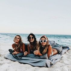 3 Gals living large on the beach
