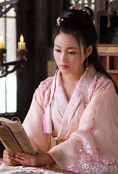 Gan Ting Ting 甘婷婷 in New Xiao Shi Yi Lang 《新萧十一郎》 2016