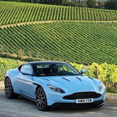 #Dream4You di oggi è #AstonMartin #DB11 la nuova fiammante V12 preferita da James Bond! motorsquare.eu/it #autogespot #supercarsdaily700 #supercar #supercars #car #cars #cargram #carporn #carsofinstagram #carswithoutlimits #amazingcars247 #exotics #hypercars #automotivegramm #sportscars #carinstagram #fast #carlifestyle #carlife #Itswhitenoise #IGCar #superexoticscars #speed #road #wheels