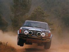 Mercedes Benz Carlsson 280 CE C W123 Rally pilotado por Ingvar Carlsson en el Rally Akropolis (Atenas, Grecia) de 1980.
