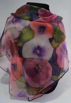 Small silk chiffon scarf hand painted floral, bandana, hand painted silk scarf Tender thoughts 55 x 55 cm Unique and original creation Some sweet thoughts on this small scarf Spring table Petal Pink, purple, red rose Some moss green leaves Gold plated pistils The bottom of this