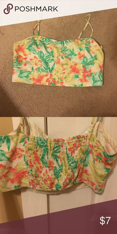 floral crop top Floral crop top with adjustable straps American Eagle Outfitters Tops Crop Tops