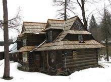 Wooden Houses, Poland, Cabin, House Styles, Nature, Home Decor, Timber Homes, Wood Frame House, Naturaleza