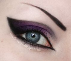 Deathrocker eye makeup look wear this everyday if i could lol how do you do that?