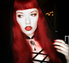 Red Hair Gothic Vampire Witch Make Up Pale Skin