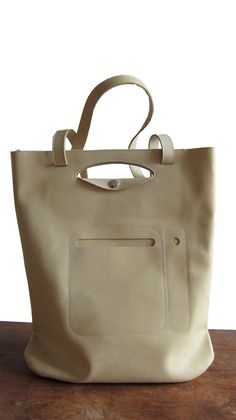Beautiful & Creamy! Chris van veghel | handmade leather bags - off-white, creamy leather handbag / tote / shopping bag - with sling - for the ladies