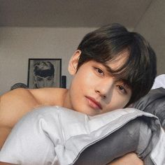Rated : [M] ❝come to satisfy and leave after your master is satisfie… Bts Taehyung, Taehyung Fanart, Bts Bangtan Boy, Bts Jimin, Taehyung Photoshoot, Suga Suga, Foto Bts, Jung Kook, Couple Ulzzang