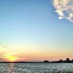 Last sunset of 2011 is gorgeous #sunset #woodlands #waterfront #sky #skyline #couple #nature #singapore #sg #jetty #beach #coast #coastline #horizon #iphone4s #nofilter #guosheng #guoshengz #causeway #marsiling #admiralty #checkpoint