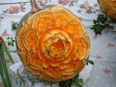 Thai Fruit & Vegetable Carving