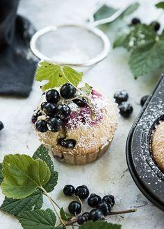 Scandinavian Wellness - Glutenfria citronmuffins med svarta vinbär (glutenfritt & mjölkfritt)