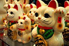 Top 10 Souvenirs to Buy in Tokyo http://thingstodo.viator.com/tokyo/top-10-souvenirs-to-buy-in-tokyo/