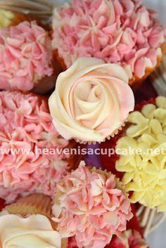 Close up ofthe cupcake bouquet