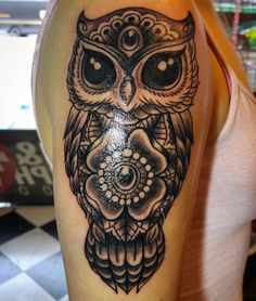 "110 Likes, 4 Comments - Nikki Forte: Artist (@nikkiforteart) on Instagram: ""Did this owl today, had a ton of fun. It was her first tattoo and she sat like a champ! #owltattoo…"""