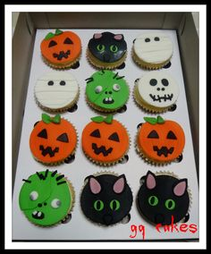 halloween cupcakes gq cakes