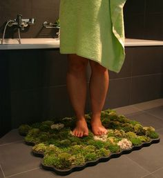 how to make a living bath mat
