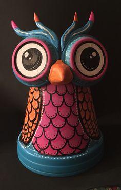 No automatic alt text available. Clay Pot Projects, Clay Pot Crafts, Owl Crafts, Diy Clay, Crafts To Make, Flower Pot People, Clay Pot People, Pots D'argile, Clay Pots